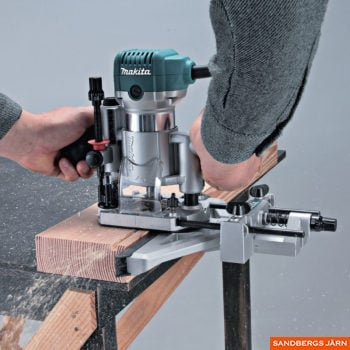 Makita RT0700CX5J